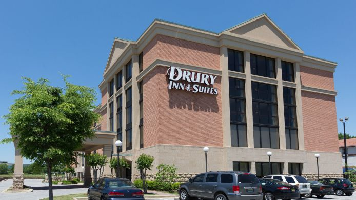 Exterior view DRURY INN AND STES BIRMINGHAM SW