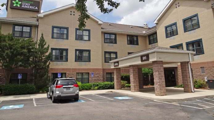 Exterior view EXTENDED STAY AMERICA N RALEIG