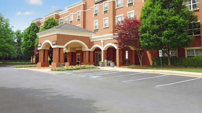 Exterior view EXTENDED STAY AMERICA GSO AIR