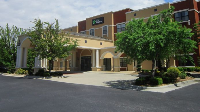 Exterior view EXTENDED STAY AMERICA CROSS CR