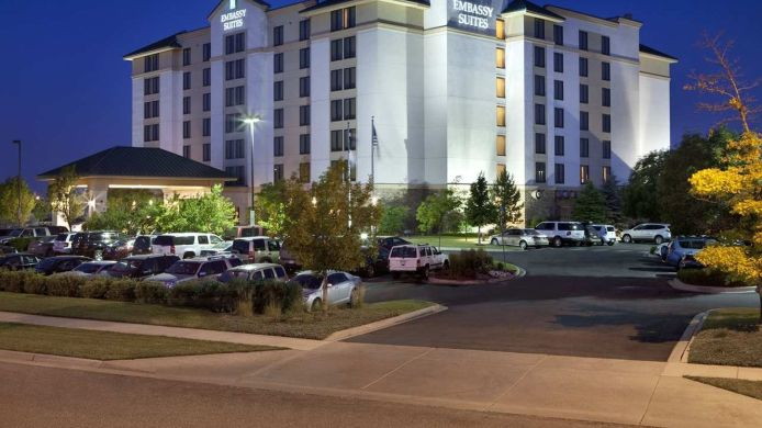 Exterior view Embassy Suites by Hilton Denver International Airport