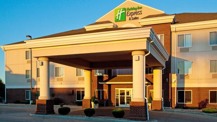 Exterior view Holiday Inn Express & Suites DICKINSON
