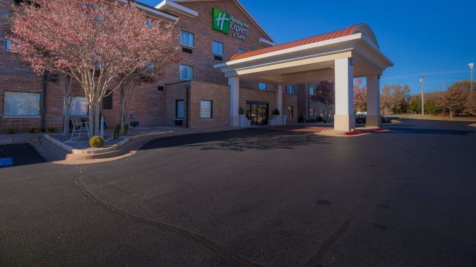 Exterior view Holiday Inn Express & Suites EDMOND