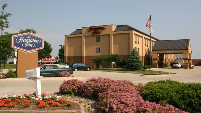 Buitenaanzicht Hampton Inn Bloomington West IL