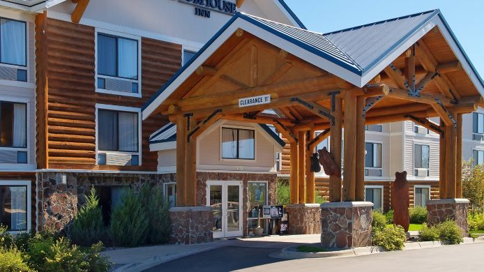 Exterior view CLUBHOUSE INN