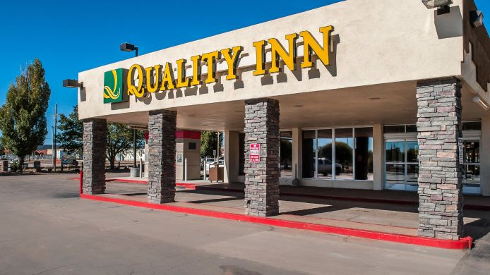 Exterior view Quality Inn Navajo Nation Capital