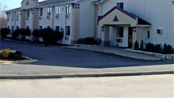 Buitenaanzicht COUNTRY HEARTH INN AND SUITES - ROCKY MO