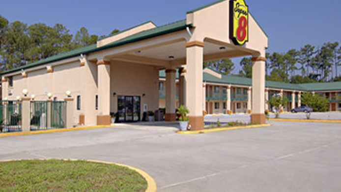Exterior view SUPER 8 COVINGTON