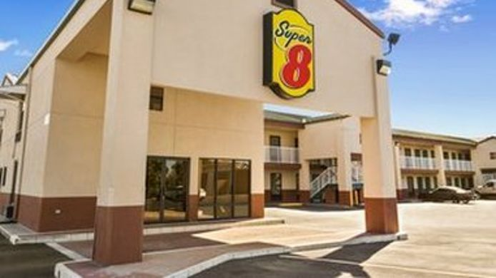 Exterior view SUPER 8 HATTIESBURG NORTH
