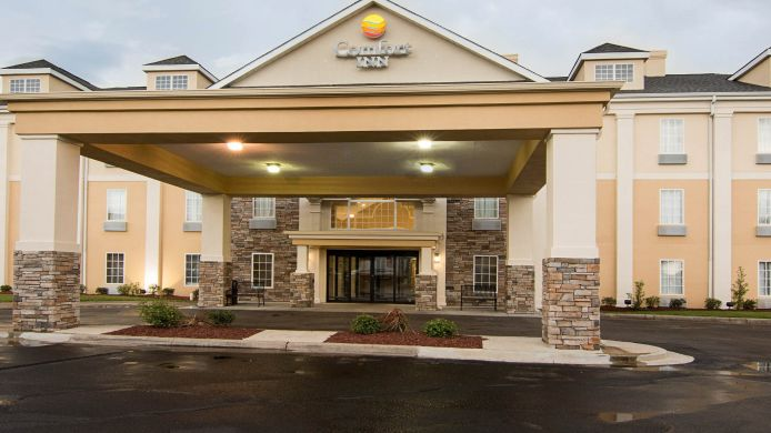 Exterior view Comfort Inn West Monroe