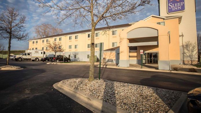 Buitenaanzicht Sleep Inn Rockford