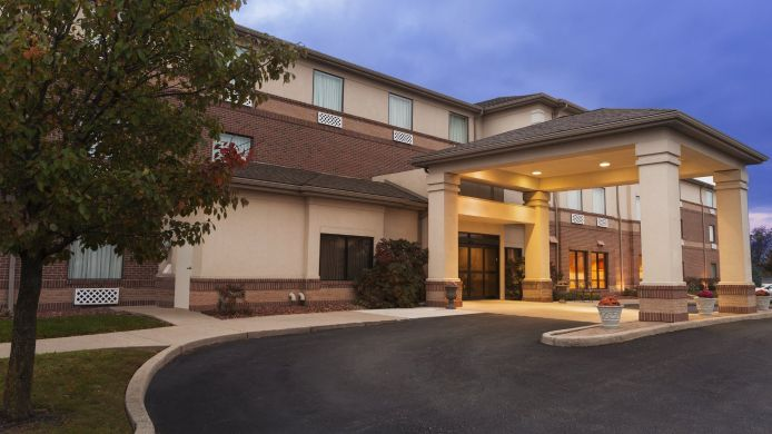 Exterior view COUNTRY INN STE DAYTON SOUTH