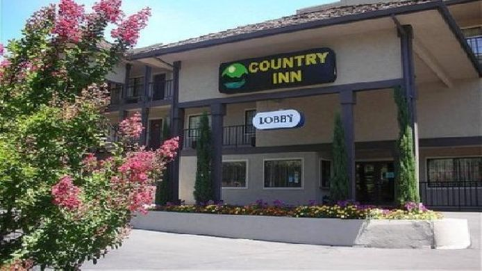 Exterior view COUNTRY INN SONORA