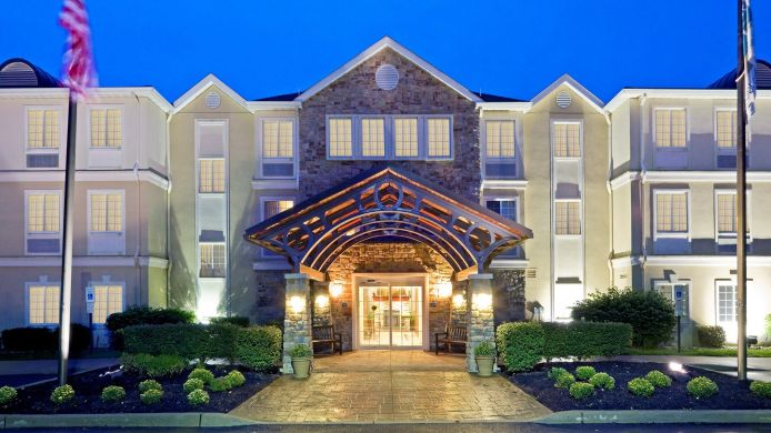 Exterior view Staybridge Suites CRANBURY-SOUTH BRUNSWICK