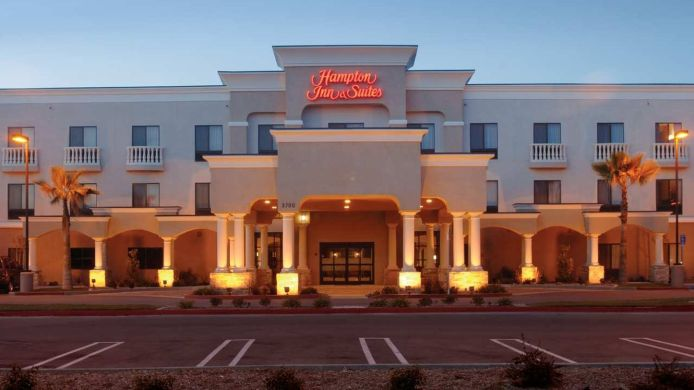 Exterior view Hampton Inn - Suites Hemet