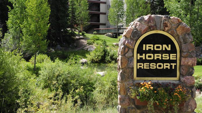 Info THE IRON HORSE RESORT
