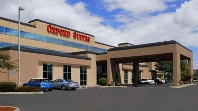 Exterior view OXFORD SUITES YAKIMA