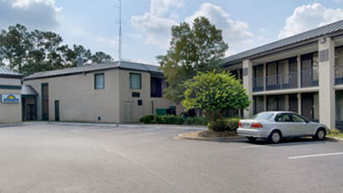 Exterior view DAYS INN TALLAHASSEE I-10 AND