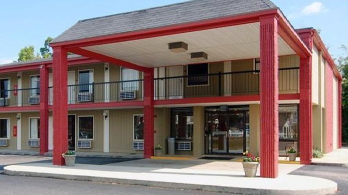Exterior view Econo Lodge Inn & Suites Fort Rucker