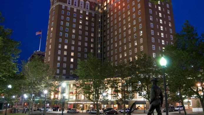 Buitenaanzicht Providence Biltmore Curio Collection by Hilton