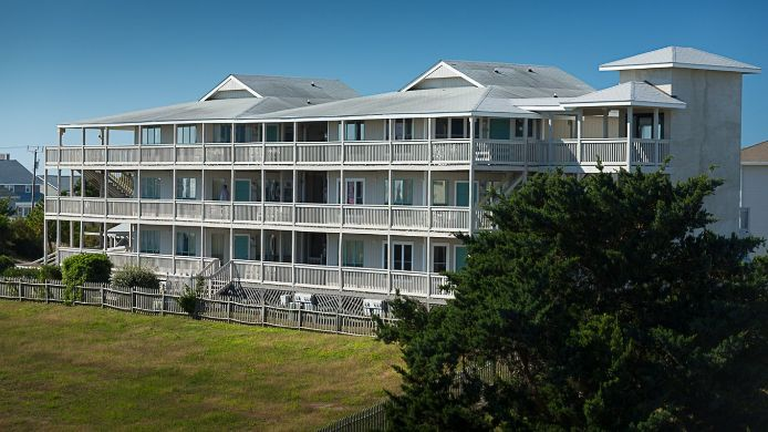 Exterior view PEPPERTREE ATLANTIC BEACH
