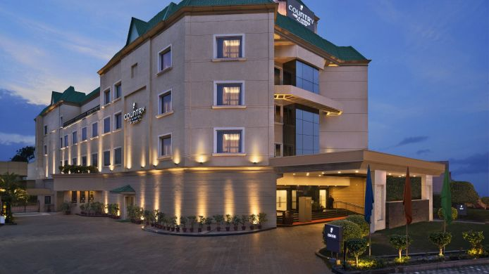 Exterior view COUNTRY INN SUITES JALANDHAR