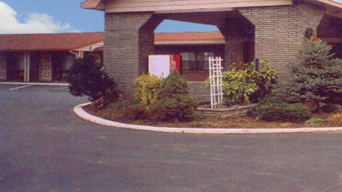 Exterior view PRINCESS MOTEL MARYVILLE