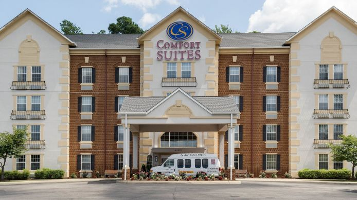 Exterior view Comfort Suites Newport News Airport