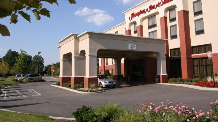 Buitenaanzicht Hampton Inn - Suites Richmond-Virginia Center
