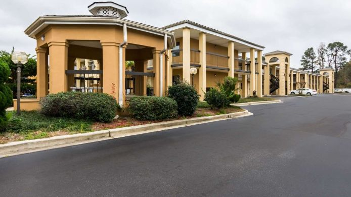 Exterior view Suburban Extended Stay Hotel