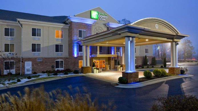 Buitenaanzicht Holiday Inn Express & Suites HIGH POINT SOUTH