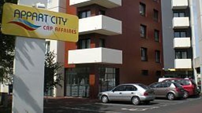 Exterior view Appart City Caen Residence Hoteliere