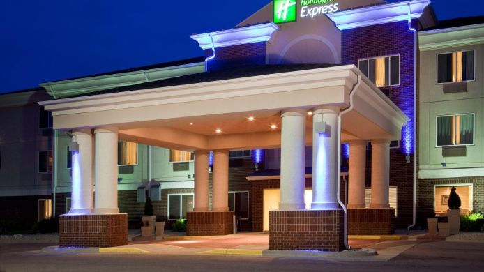 Exterior view Holiday Inn Express & Suites VERMILLION