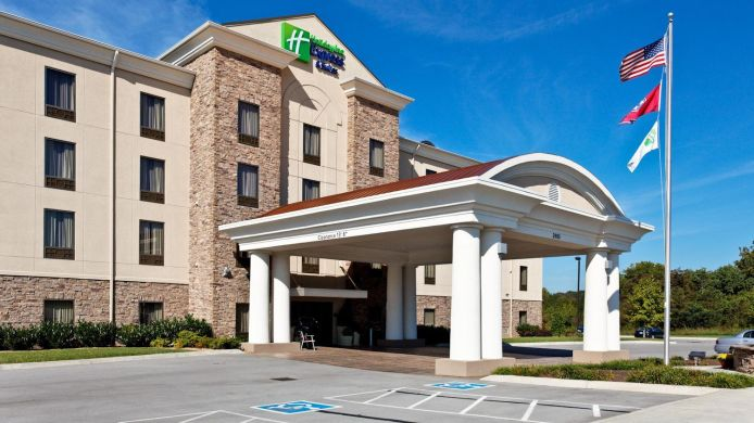 Exterior view Holiday Inn Express & Suites MORRISTOWN