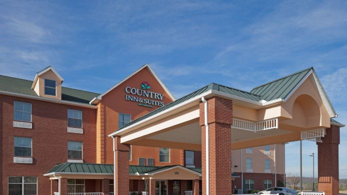 Exterior view COUNTRY INN SUITES BESSEMER
