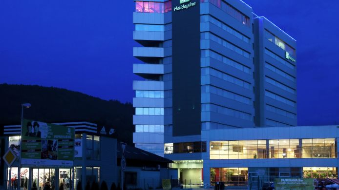 Buitenaanzicht Holiday Inn ZILINA