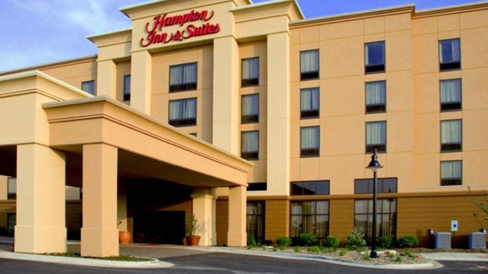 Buitenaanzicht Hampton Inn - Suites Bloomington-Normal