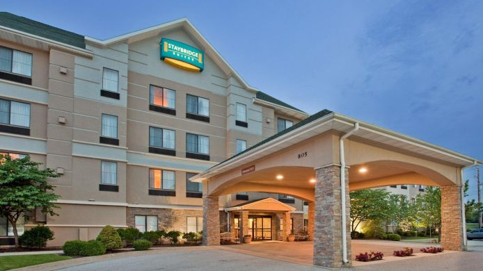 Buitenaanzicht Staybridge Suites COLUMBIA-HWY 63 & I-70