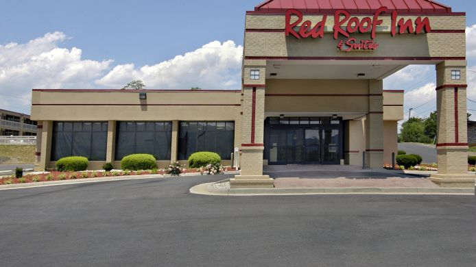 Exterior view Red Roof Inn & Suites Wytheville