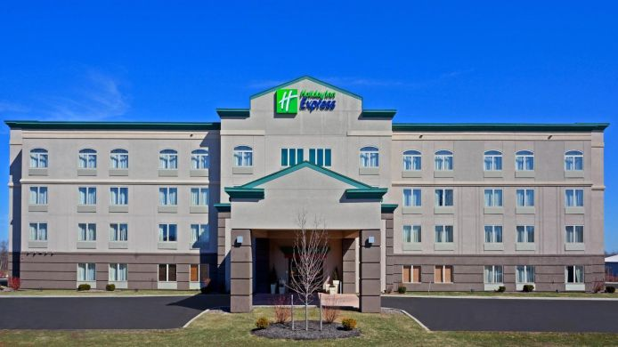 Buitenaanzicht Holiday Inn Express SYRACUSE-FAIRGROUNDS