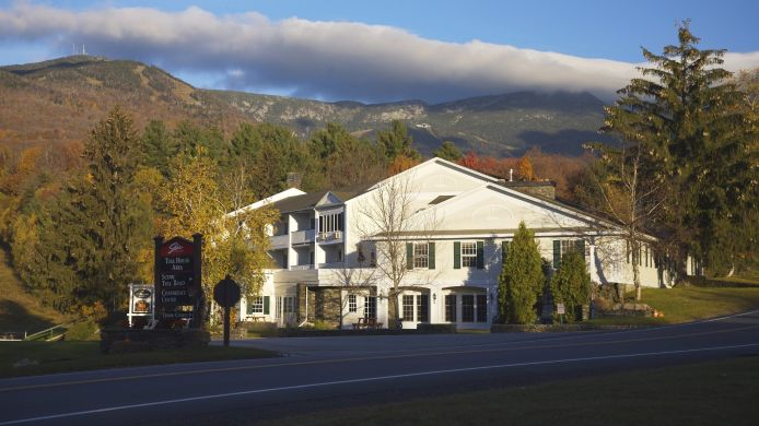 Exterior view INN AT THE MOUNTAIN AND
