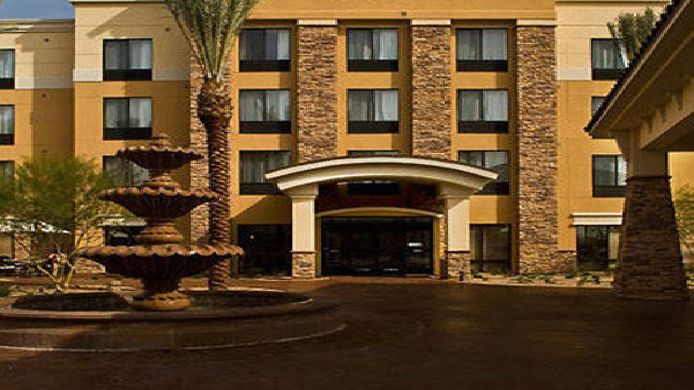 Exterior view SpringHill Suites Phoenix Glendale Sports & Entertainment District
