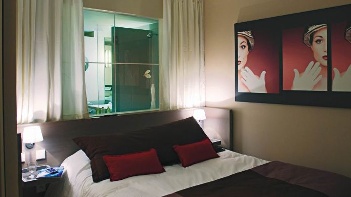 Double room (standard) Quality Only Suites CDG AIRPORT