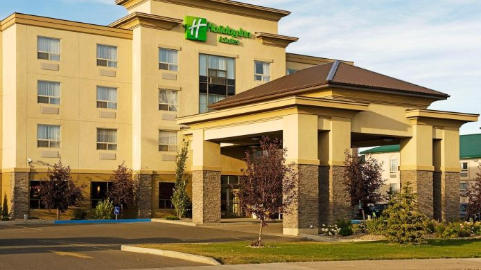 Exterior view Holiday Inn Hotel & Suites LLOYDMINSTER