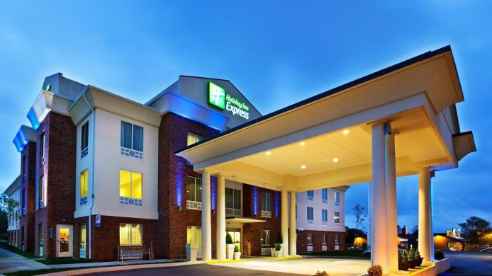 Exterior view Holiday Inn Express WHITE HOUSE