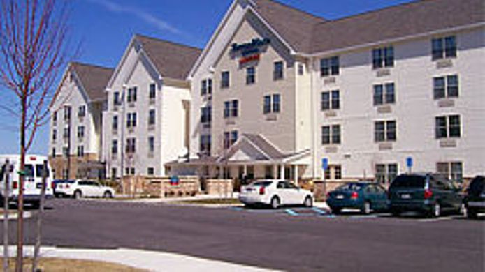 Buitenaanzicht TownePlace Suites Republic Airport Long Island/Farmingdale