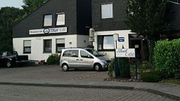Exterior view Pension Strohm Im Lieth-Cafe