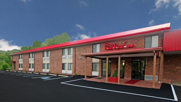 Exterior view RED CARPET INN HILLSVILLE