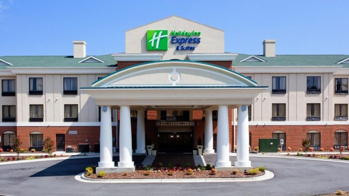 Exterior view Holiday Inn Express & Suites GREENSBORO-EAST