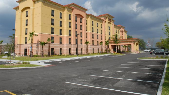 Buitenaanzicht Hampton Inn - Suites Orlando-South Lake Buena Vista
